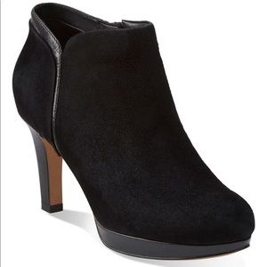 Clarks Delsie Stella Suede Leather Ankle Booties